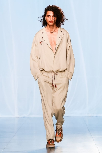 Elias B opening for Qasimi SS19
