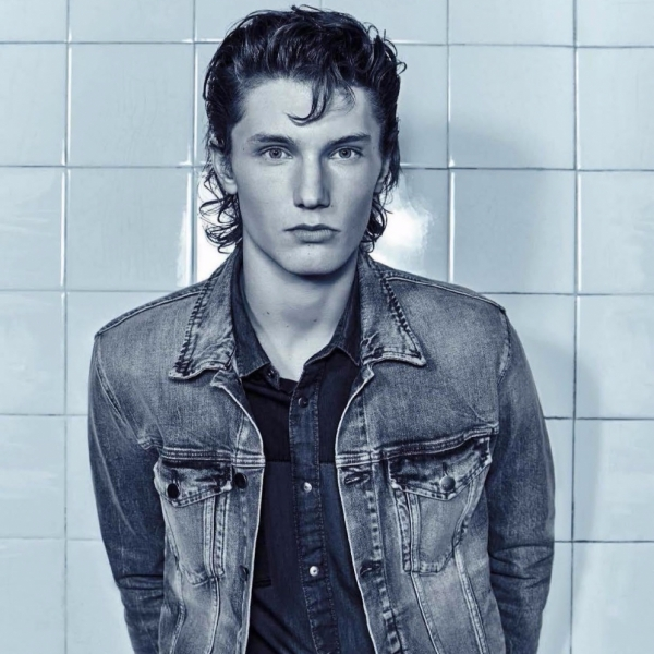 Johannes bringing strong denim for GQ Italia